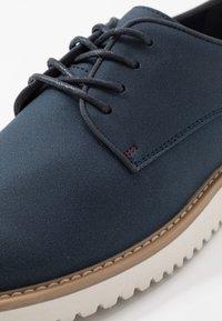 Pier One - Volnočasové šněrovací boty - dark blue denim - 5