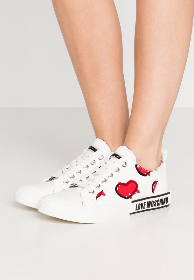 LABEL SOLE - Sneakers basse - white