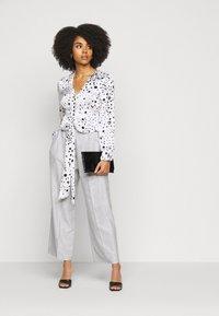Topshop Petite - TONIC - Trousers - grey - 1