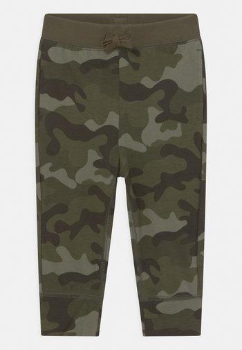 TODDLER BOY - Spodnie materiałowe - green