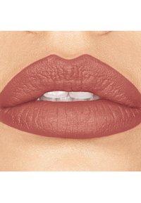bareMinerals - GEN NUDE MATTE LIQUID LIPCOLOR - Liquid lipstick - friendship - 1