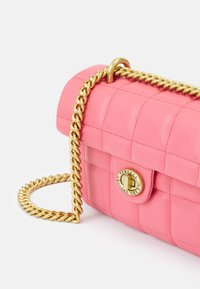Versace Jeans Couture - QUILTED CROSSBODY - Across body bag - paradise - 5