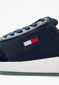 Tommy Jeans - FLEXI RUNNER - Trainers - twilight navy - 2