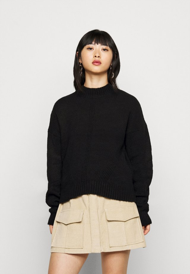 NMELLA O NECK PETITE - Pullover - black