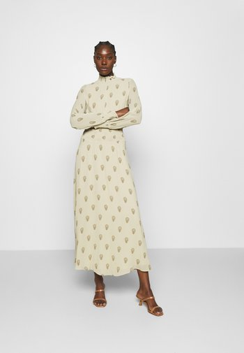 RAPA - Maxi šaty - light savanna