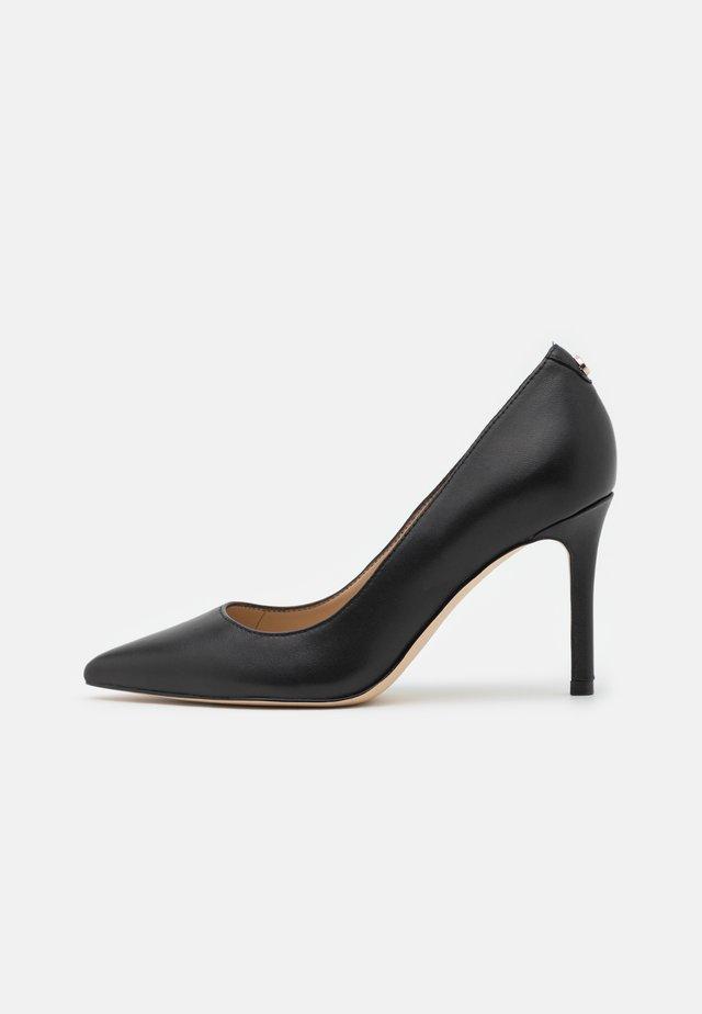 DAFNE - Klassieke pumps - black