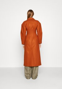 AKNVAS - MONA - Classic coat - rust - 2
