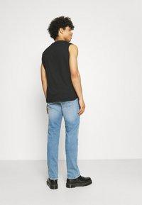 Replay - GROVER - Straight leg jeans - light blue - 2