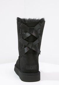 UGG - BAILEY BOW - Bottines - black - 4