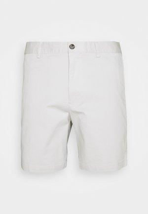 BAXTER TEXT FLAT FRONT - Shorts - cappucino