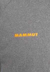 Mammut - AEGILITY  - Print T-shirt - phantom melange/vibrant orange - 2