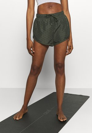 MOVE JOGGER SHORT - Pantalón corto de deporte - khaki lazer