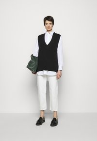 Won Hundred - PEARL - Džíny Straight Fit - tinted white - 5