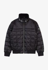 Calvin Klein Jeans - SQUARE QUILT LIGHT  - Winter jacket - black - 3
