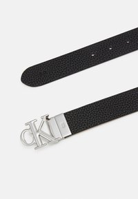 Calvin Klein Jeans - LOGO - Cintura - black - 2
