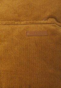 Jack & Jones - JORCORDUROY PUFFER - Winter jacket - rubber - 2