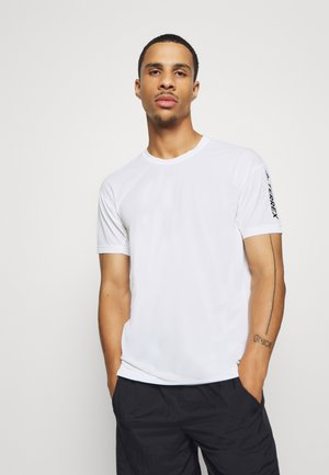 AEROREADY TRAIL RUNNING SHORT SLEEVE TEE - Print T-shirt - off-white