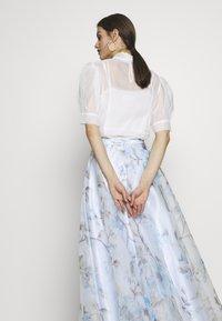 Mascara - Maxi skirt - baby blue - 4