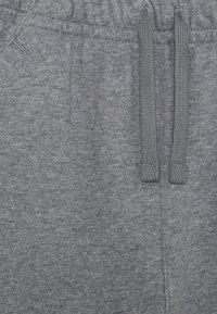 Nike Sportswear - CLUB - Shorts - carbon heather/smoke grey - 2