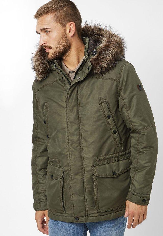 MIC MASKULINER  - Winter jacket - olive