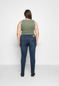 Pieces Curve - PCLILI - Slim fit jeans - medium blue denim - 2