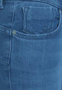 ONLY - ONLPOWER MID PUSH UP  - Jeans Skinny - light medium blue denim - 5