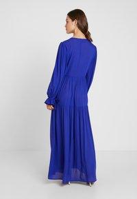 Selected Femme Petite - SLFWILLOW DRESS - Maxiklänning - clematis blue - 3