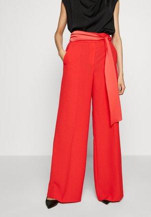 HEDENA - Kalhoty - red