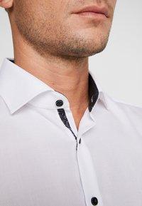 OLYMP Level Five - OLYMP LEVEL 5 BODY FIT  - Formal shirt - schwarz - 3