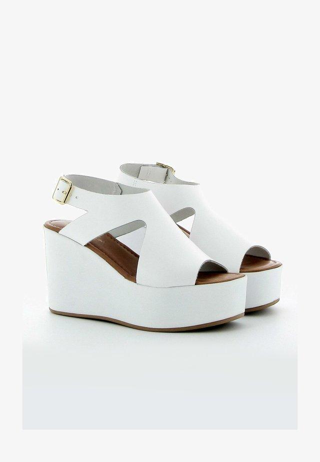 Sandalen met sleehak - white