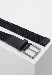 Calvin Klein - FORMAL ELASTIC BELT - Belt - blue - 2