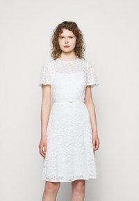 Lauren Ralph Lauren - GORDON STRETCH DRESS - Cocktail dress / Party dress - white - 0