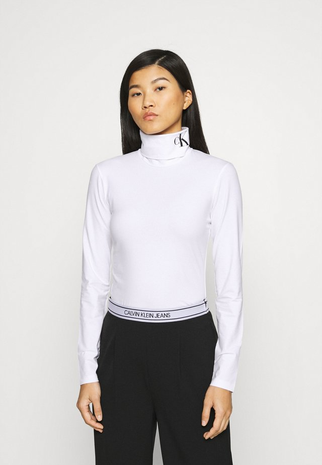 NECK ROLL NECK - Long sleeved top - bright white/ck black