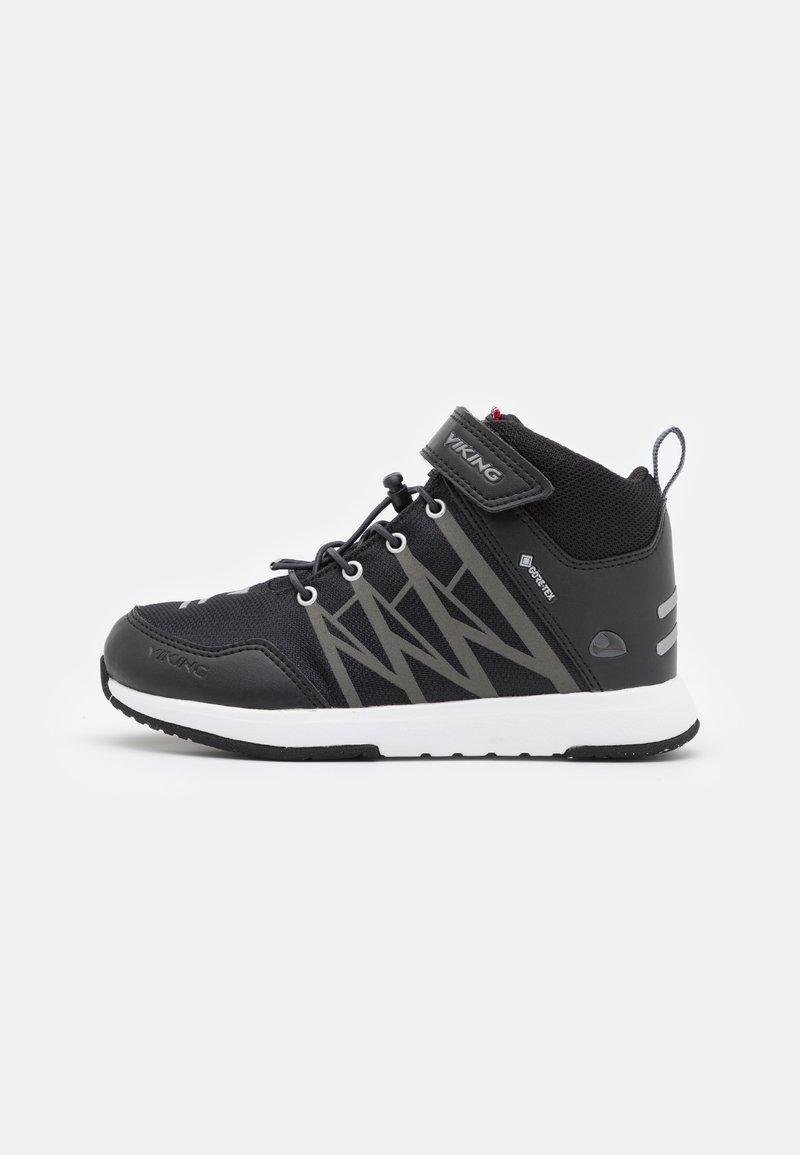 Viking - OPPSAL MID GTX UNISEX - Hiking shoes - black/charcoal