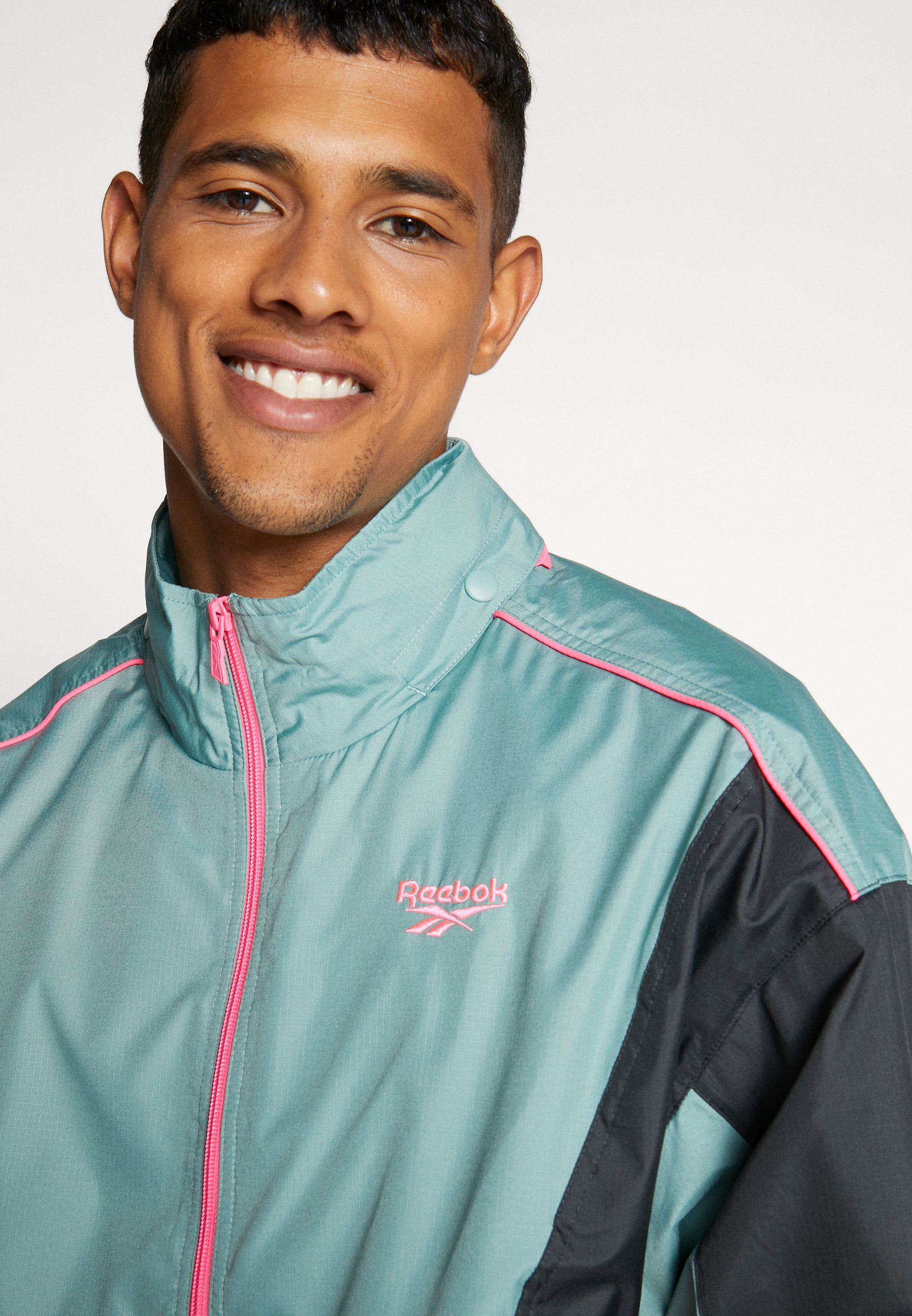 Reebok Classic TRAIL JACKET - Veste coupe-vent - metallic green