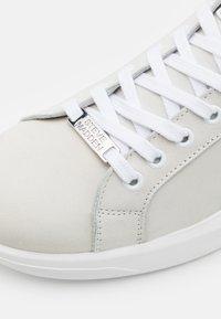 Steve Madden - ALEX - Tenisky - white - 5