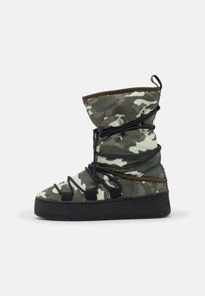 RIVER - Winter boots - khaki