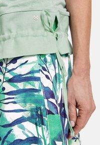 Gerry Weber - 1/2 ARM  - Print T-shirt - aqua grey - 2