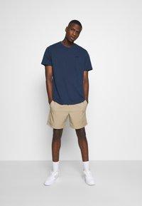 Levi's® - AUTHENTIC CREWNECK TEE - Basic T-shirt - dark blue - 1