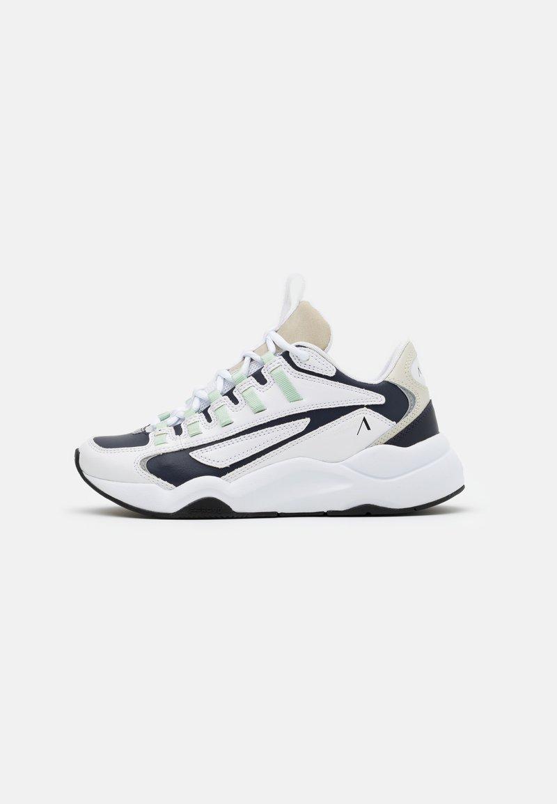 ARKK Copenhagen - APAZE F-PRO 90 - Baskets basses - white/silver/birch