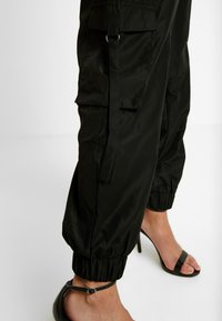 Tiger Mist - FLOSS PANT - Trousers - black - 5