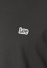 Lee - PATCH LOGO TEE - T-shirt - bas - washed black - 5