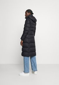 Tommy Hilfiger - TYRA MAXI - Down coat - black - 3