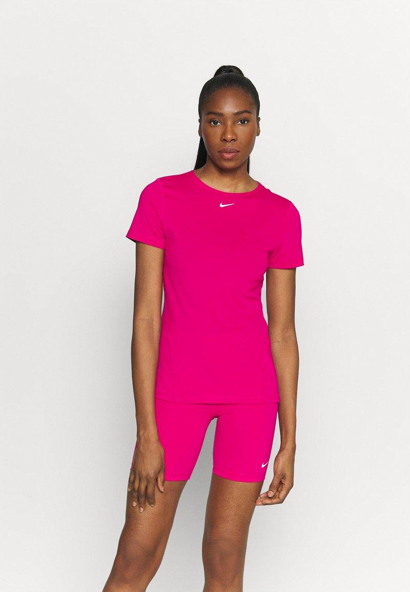 Nike Performance - ALL OVER - Camiseta básica - fireberry/white