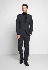 Ben Sherman Tailoring - OVERCHECK SUIT SLIM FIT - Oblek - navy - 1