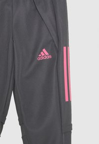 adidas Performance - REAL MADRID AEROREADY SPORTS FOOTBALL PANTS - Club wear - grefiv