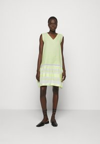 CECILIE copenhagen - DRESS - Vapaa-ajan mekko - avocado green - 1