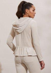Odd Molly - HELENA - Zip-up sweatshirt - ash - 1