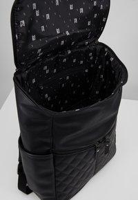 Kidzroom - KIDZROOM CAR GO OUT - Baby changing bag - black - 4