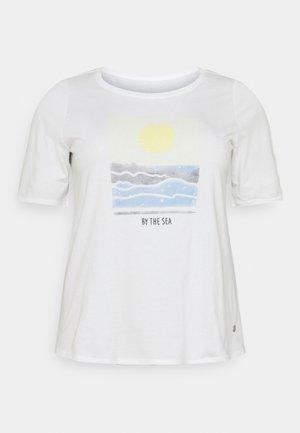 WITH SLEEVE DETAIL - Printtipaita - whisper white